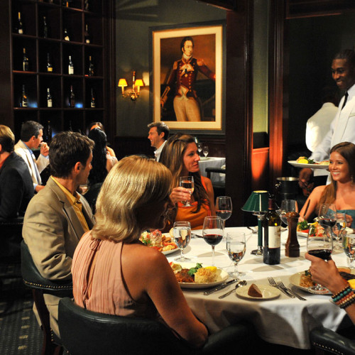 FineDining_BahamianClub_dining