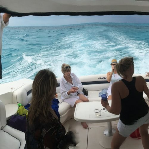 Bachelorette-party-Seattle-yacht-charters-daily6