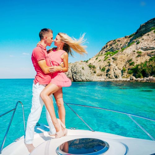 Romantic-Yachts-Cancun-Luxury-Charters-7