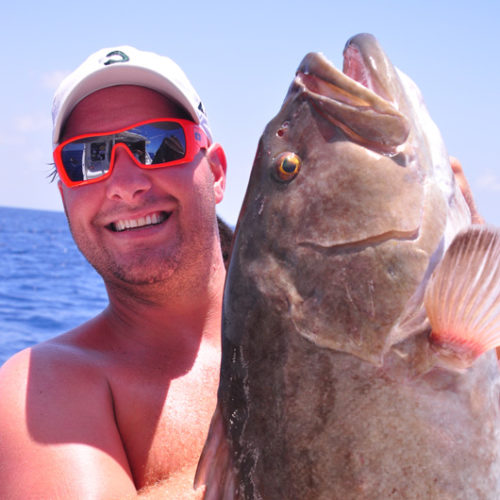 Yachts-Riviera-Maya-Deep-Sea-Fishing-Grouper-3