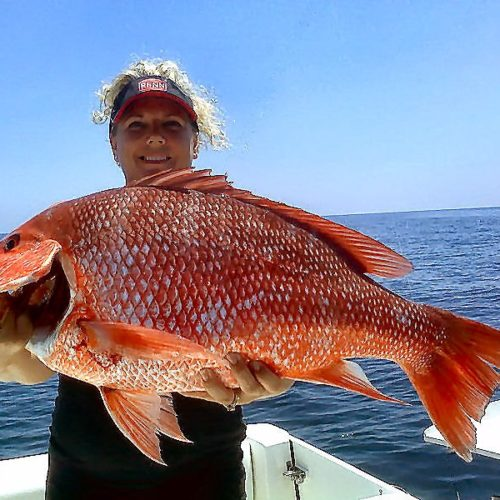 Yachts-Riviera-Maya-Deep-Sea-Fishing-Red-Snapper-2