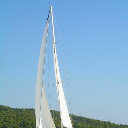 Yachts-Riviera-Maya-Sailing-yacht-PIX-2